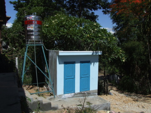 3.	CONSTRUCTION LATRINES & DOUCHES